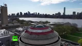 В США студенты украсили купол института щитом Капитана Америки