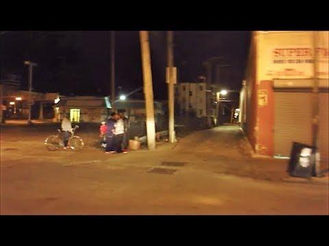 WALKING THROUGH CHICAGO'S  O BLOCK HOOD AT NIGHT