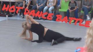 dance battle  best waacking girls