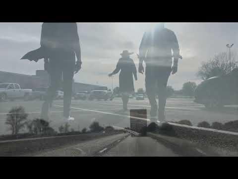 Смотреть клип Lolita Komplex - Darkest Before Dawn