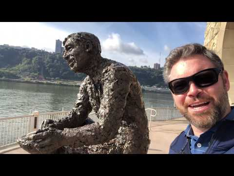 Jason Hewlett At Mr Rogers Memorial In Pittsburgh Pa Youtube