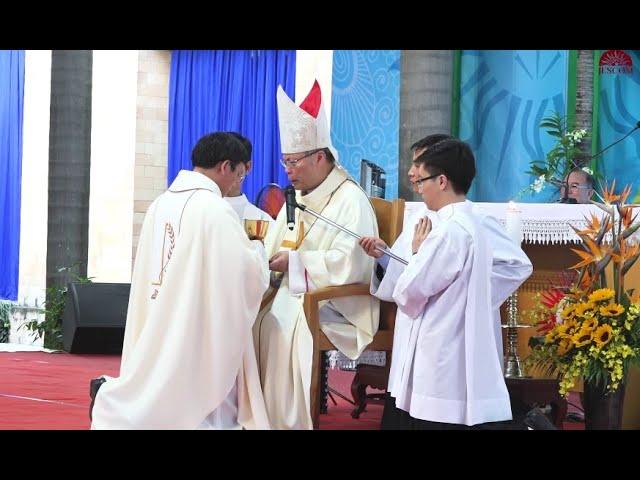 Thánh Lễ truyền chức Linh mục 2018