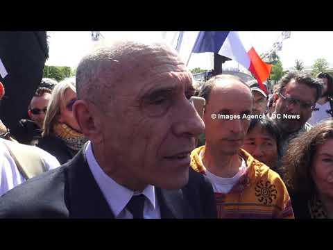 Tentative d'intronisation du Conseil National de Transition à l'Élysée. Paris/France - 05 Mai 2018