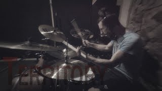 Gambar cover PLAY DRUMS NOT WAR