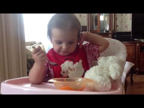 Учитесь как надо кормить ребенка! Маша и медведь. Если ребенок плохо ест.