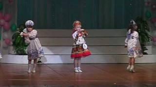 танец Русские матрешечки.vob