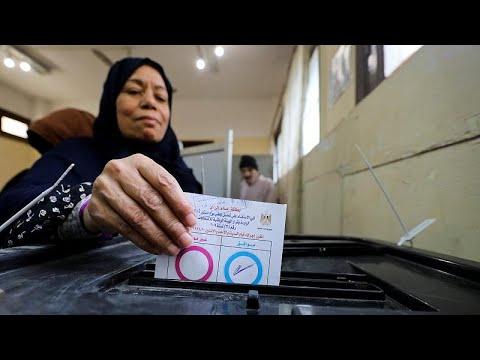 بدء التصويت في استفتاء على تعديلات دستورية تمدد حكم السيسي في مصر…  - نشر قبل 2 ساعة