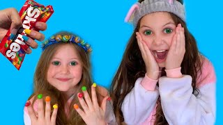 Pretend Play Candy salon with Eva Surprise