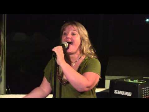 Melissa - Cross Track - Karaoke - October 19, 2012