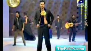 10th Lux Style Awards 2011 - SIEGE BAND PERFORMENCE.flv