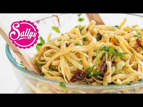 Pasta auf Toms Art – mediterrane BratkartoffelNudelpfanne / Sallys Welt