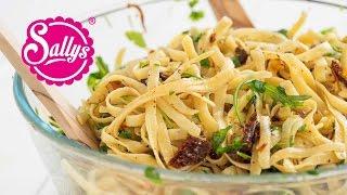 Pasta auf Toms Art – mediterrane Bratkartoffel-Nudelpfanne