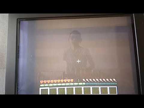 Игрок бомж в деревне жителей нашел часы Омнитрикс в Minecraft