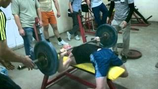 Народный жим лёжа. 70 кг 49 повторений. Ташкент