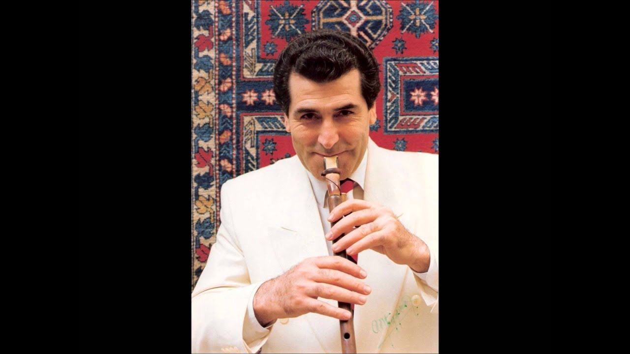 Saro Danielian Armenian Duduk Aravot Luso - YouTube