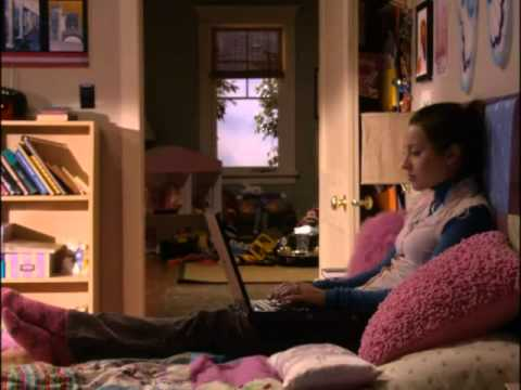 """Download LIFE WITH DEREK    1x09 """"Marti the Monster"""""""