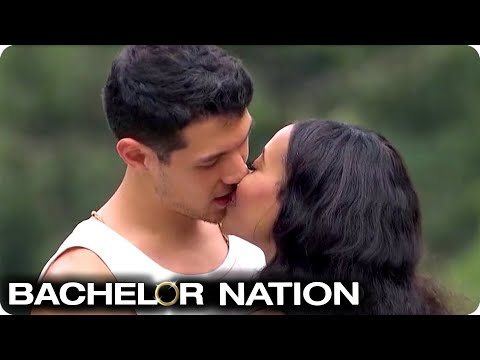 Jubilee Sets Her Sights On John | Bachelor In Paradise US