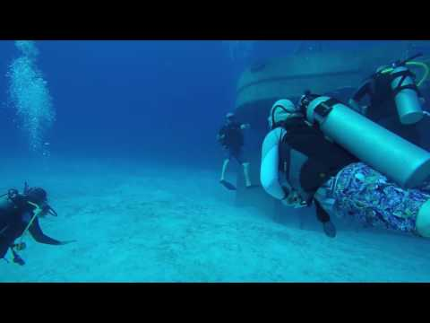USS Kittiwake Dive Grand Cayman August 2016