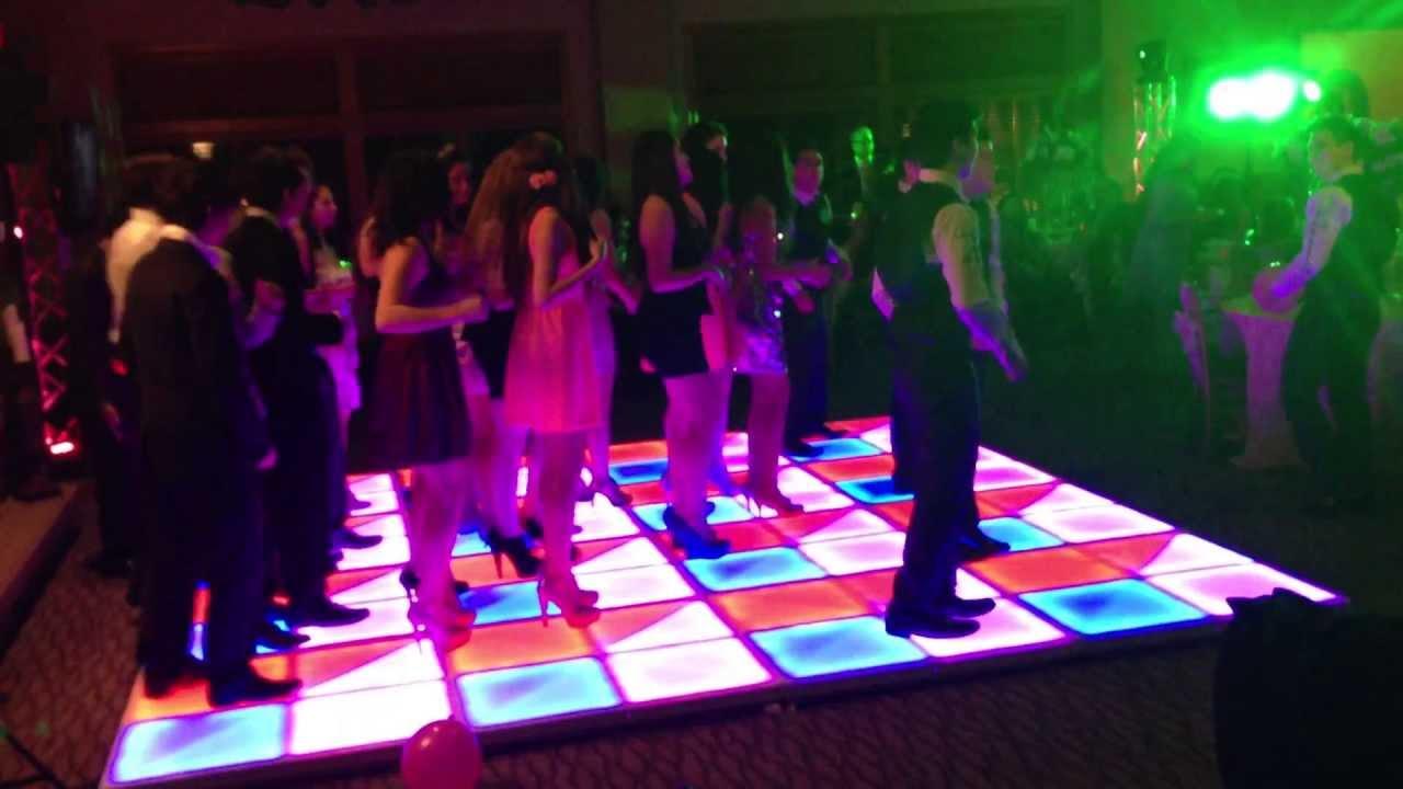 how to dance on dj floor