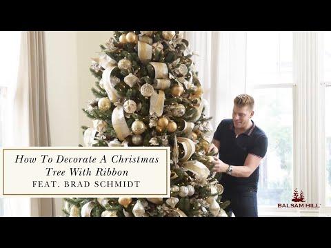 Balsam Hills 2015 Catalog Decorating Techniques with Brad Schmidt