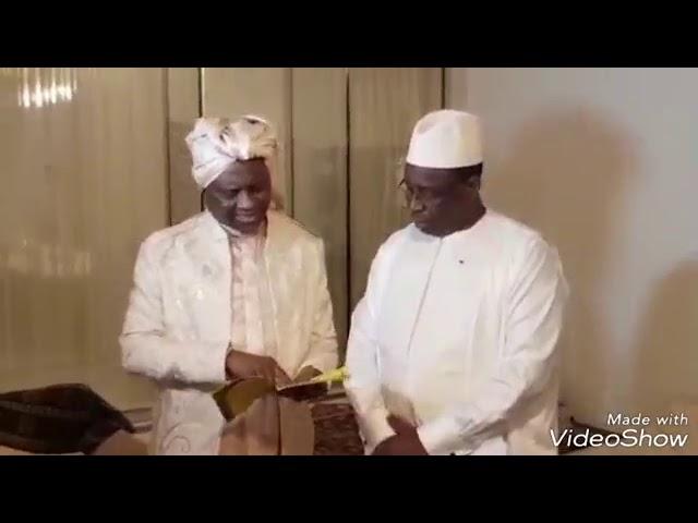 Serigne Modou Kara donne a Macky les secrets de Mafatihoul Bichri