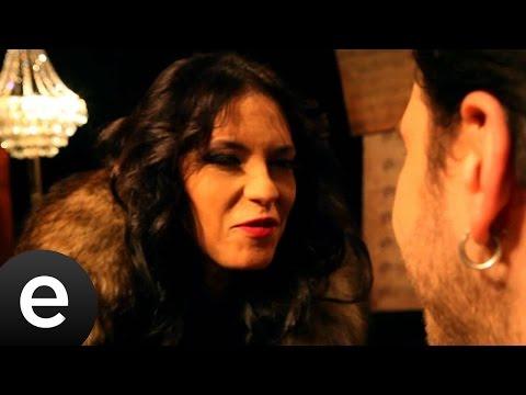 Nerdeysen (Yeşim Salkım & Berkay Özideş) Official Music Video #nerdeysen #yeşimsalkım #berkayözideş