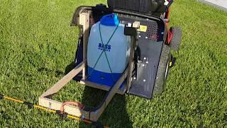 Opryskiwacz elektryczny do traktorka kosiarki