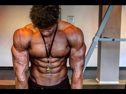 Sculpting The Chest Part 2| Austrian Oak 2.0 Natural Bodybuilder Onome Egger