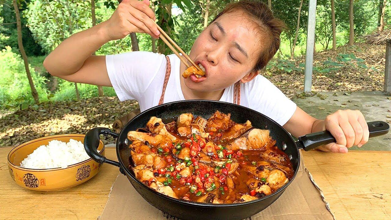 秋妹今天做啤酒魚,老乾媽大作用,麻辣鮮香,好吃又過癮! 【顏美食】