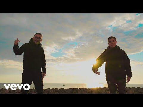 Rocco Hunt, Nicola Siciliano - Ngopp' a luna (Official Video)