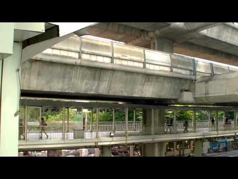 2017 曼谷自由行 - Siam空鐵站經Siam Square1、Siam Paragon 、Central World、四面佛步行往Chitlom空鐵站