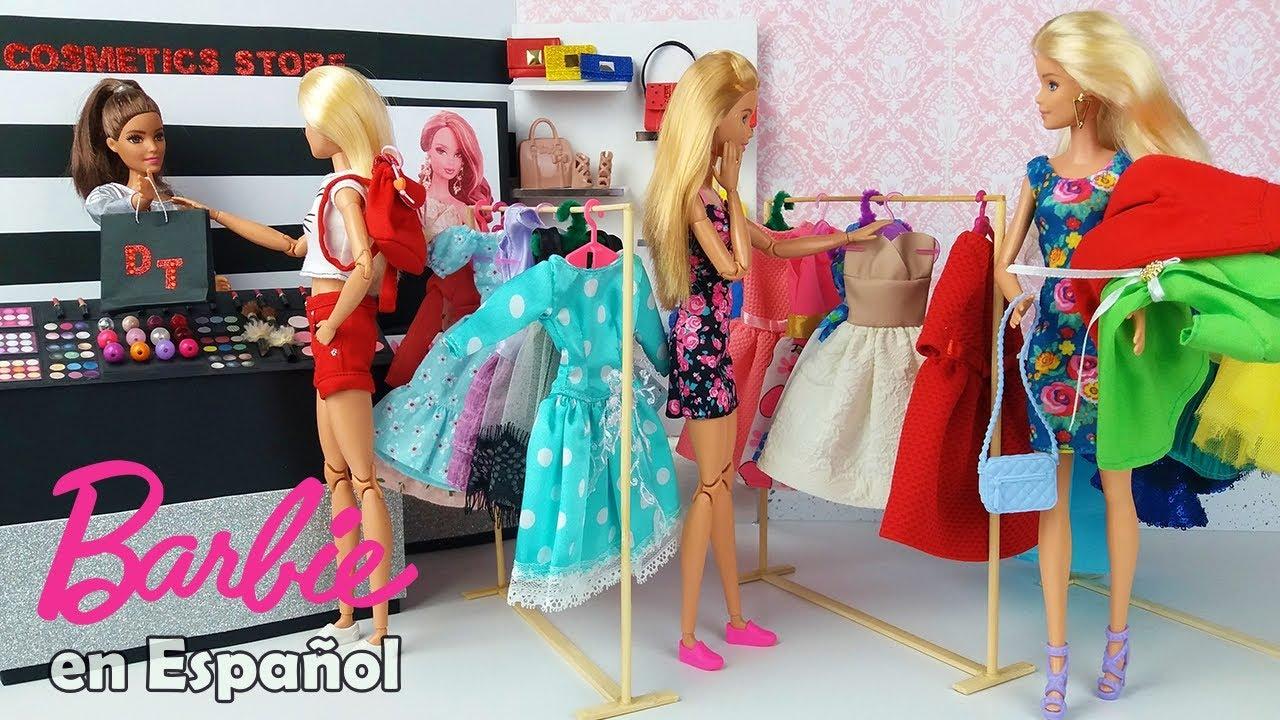 Dos Muñecas Barbie van a la tienda de la ropa @Barbie  Supermercado de Muñecas