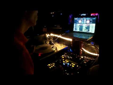 DJYup @ Club