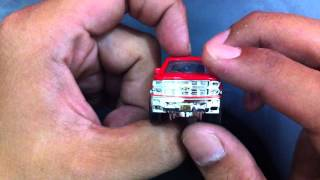 Cracking the MATCHBOX red CHEVY SILVERADO 1500
