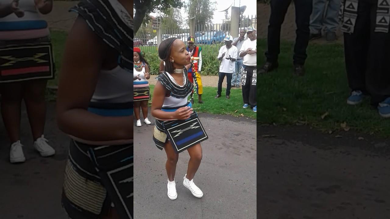 Amandebele Toyi Toyi At Sabc Youtube