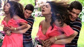 Video VIDEO : Priyanka Chopra's  के साथ New York  में केया हुआ ? VIRAL  - HUNGAMA download MP3, 3GP, MP4, WEBM, AVI, FLV September 2018