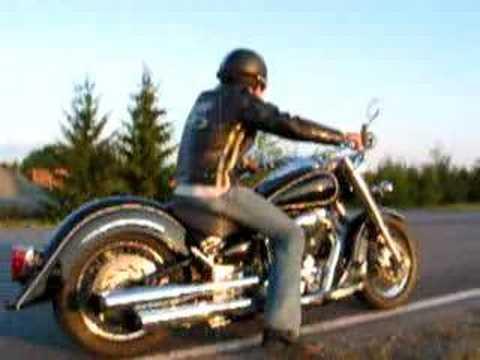 Vance & Hines Classic II & Wild (road) Star