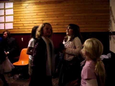 speelclubweekend 2007 chiro sleidinge: de dalton sisters - verander de wereld