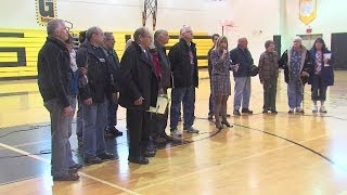 Residents of Garrettsville greet displaced business owners with standing ovation