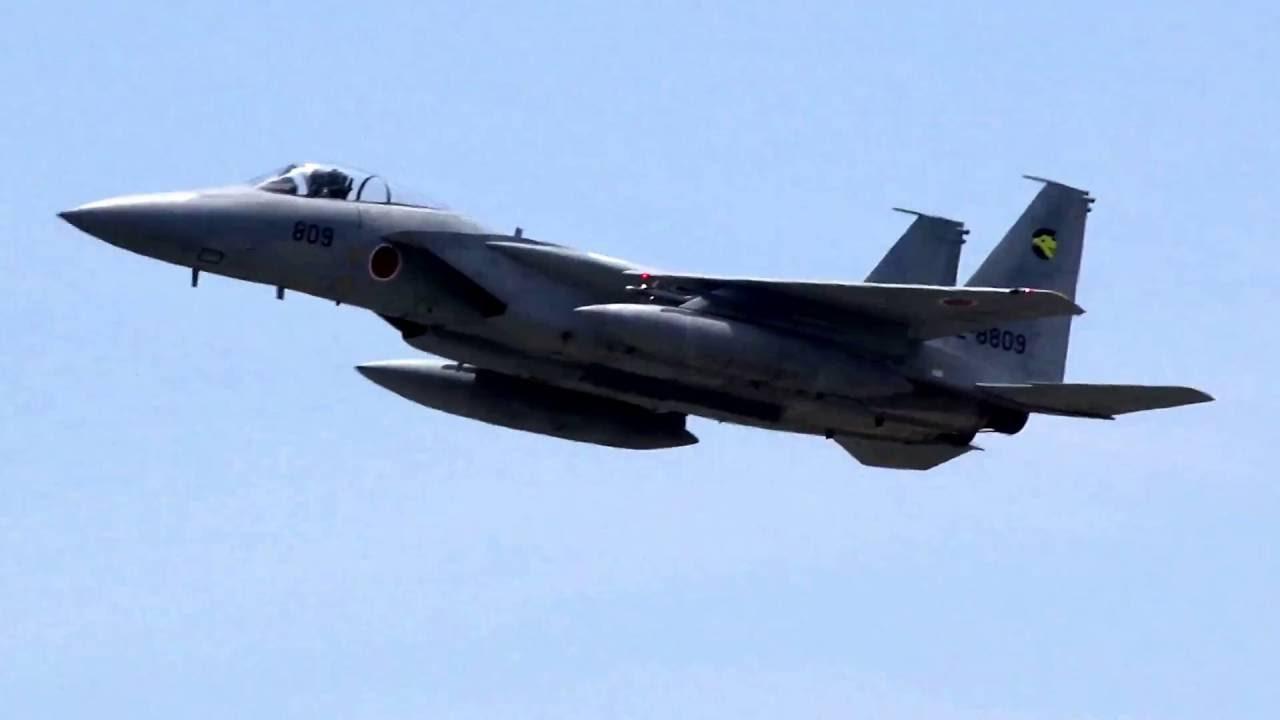 小松基地 F15イーグル連続離陸 Komatsu base F15 Eagle continuous take ...