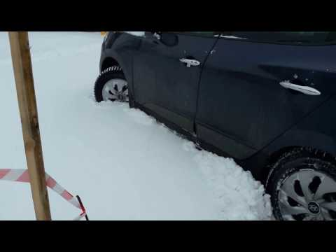 Hyundai ix 35.snow off road. На брюхе