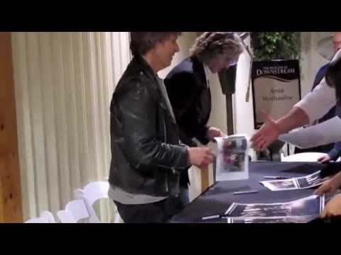 The Straits signing 3-21-14