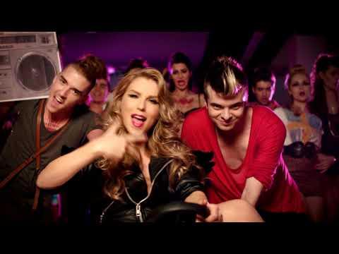 Смотреть клип Corina - Munky Funky