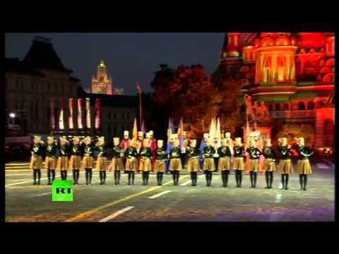 Армянская команда на Красной площади - Спасская башня 2014