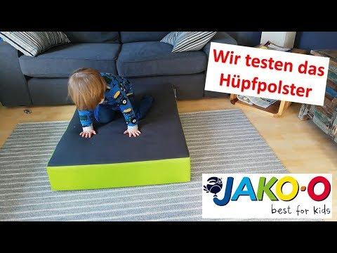 wir-testen-das-hüpfpolster-von-jako-o- -tageskinder- -nickis-blog