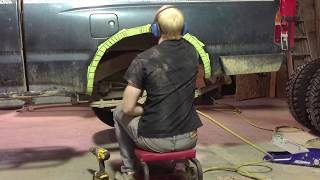 Cutting for a rear 35'' tire on a 1st gen Tacoma in 30 seconds