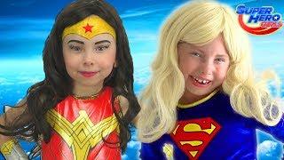 Alice Superhéroe vino al rescate a la pequeña Princesas