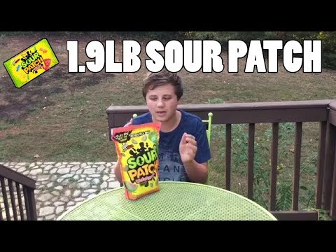 1.9lb Bag Of Sour Patch Kids Challenge *Vomit Alert*