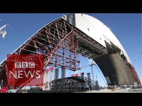 Chernobyl's new 'shield' - BBC News