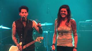 Download MXPX - Move To Bremerton - Chick Magnet (Live @ Pouzza Fest 2013) MP3 song and Music Video